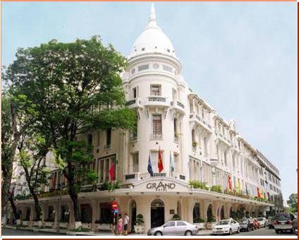 Khách sạn Grand