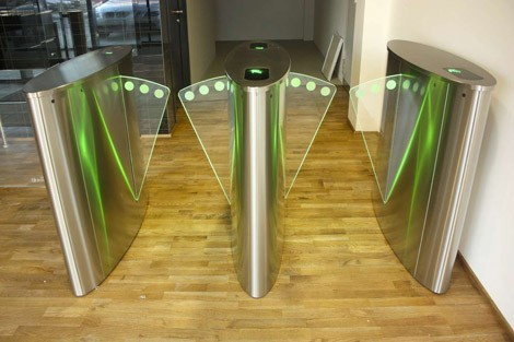Speed Lane, Turnstile & Revolving Door